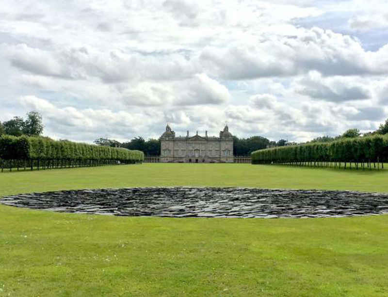 'EARTH SKY': New exhibition by Richard Long at Houghton Hall