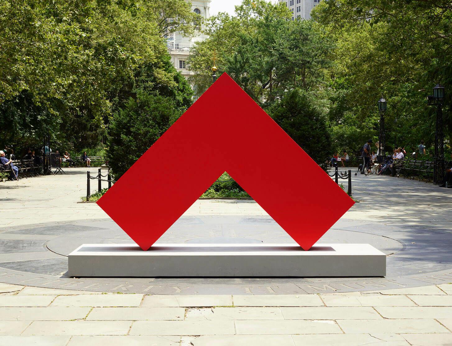 Carmen Herrera's 'Estructuras Monumentales' Public Art Fund project opens in New York City