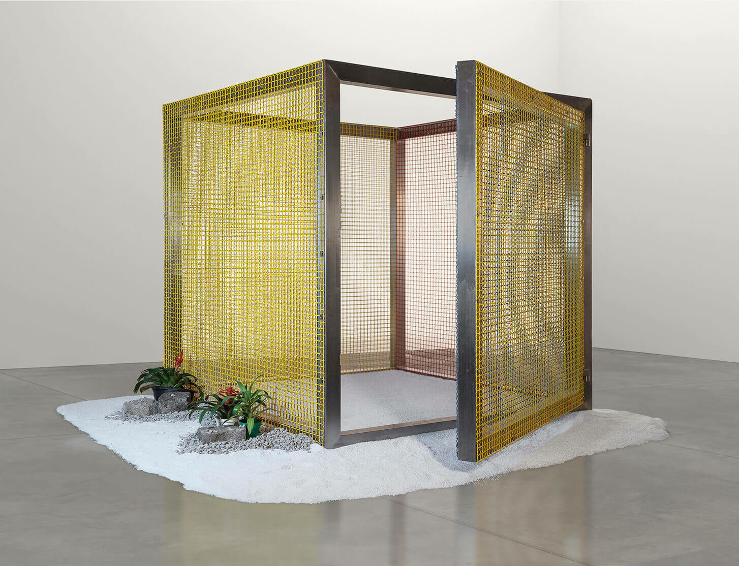 Announcing worldwide representation of the Estate of Hélio Oiticica