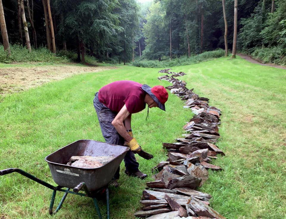 Richard Long creates new work 'Jackdaw Line' at Hestercombe Gardens