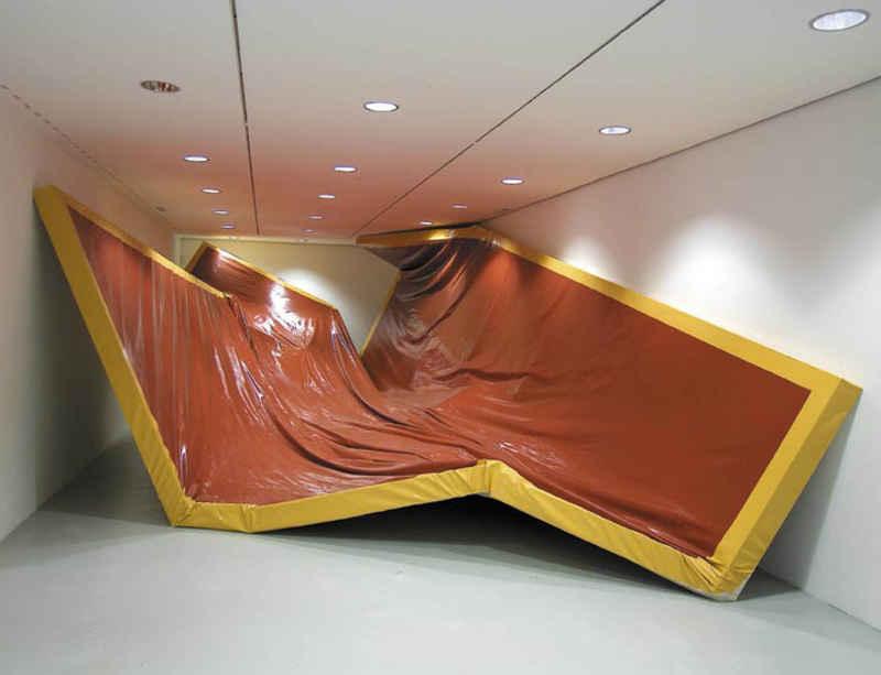 PEER reopens with a new exhibition by Angela de la Cruz